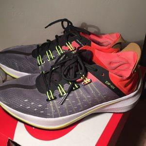 W Nike EXP-X 14 sneakers